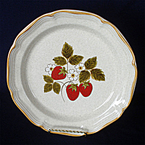 Mikasa Strawberry Festival Dinner Plate, 3 Available