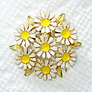 Daisy Cluster Enameled Goldtone Pin Or Brooch