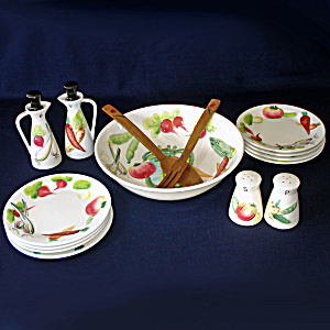 Nasco Del Coronado Vegetables 15 Pc Salad Serving Set