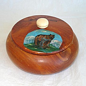 Souvenir Yellowstone Cedar Wood Trinket or Powder Box with Hand Painted Scene (Image1)