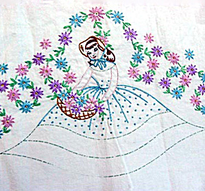 Southern Belle Embroidered Pillowcase to Finish with Crochet Ruffles (Image1)