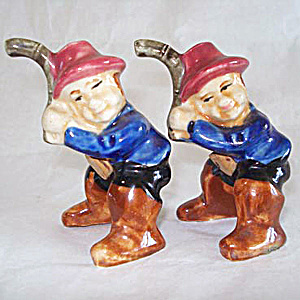 Men With Fishing Poles Japan Salt And Pepper Shakers