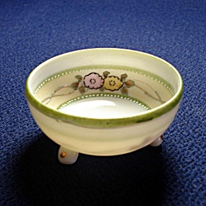Japan Moriage 3 Footed Nut Cup Bowl
