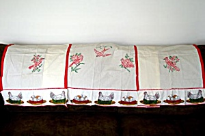 Embroidered Red Birds Kitchen Curtains, 3 Panels (Image1)