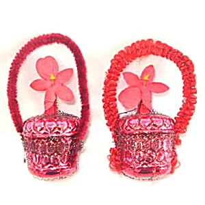 Pair Wired Red Glass and Chenille Flower Basket Christmas Ornaments (Image1)