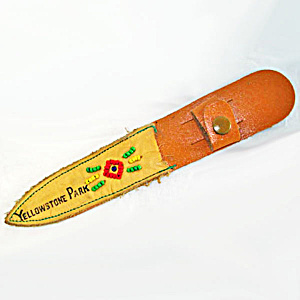 Beaded Leather Yellowstone Park Souvenir Knife Sheath (Image1)