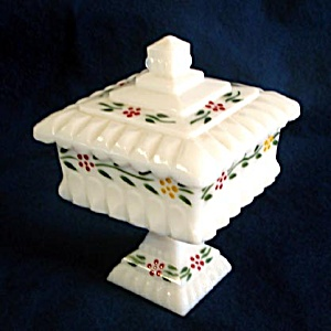 Westmoreland Milk Glass Wedding Box Comport Hand Painted Flowers (Image1)