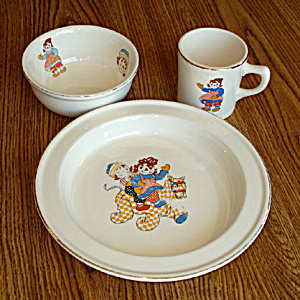 Crooksville 1941 Raggedy Ann and Andy Child's Feeding Dish Set (Image1)