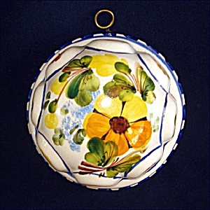 Bassano Italy Hand Painted Ceramic Kitchen Mold (Image1)