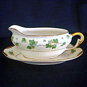 Pope Gosser American Ivy Gravy Boat With Underplate (Image1)