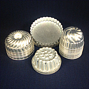 Collection of 20 Individual Metal Gelatin Kitchen Molds (Image1)