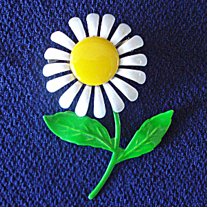 Flower Power 1960s Classic Daisy On Stem Brooch Pin