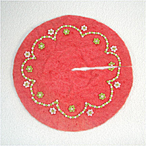 Beaded Red Felt Miniature 5 Inch Christmas Tree Skirt (Image1)