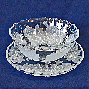 Studio Nova Mikasa Winter Rose 12 Inch Bowl and Platter Tray (Image1)