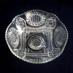 Click to view larger image of McKee EAPG Aztec Sunburst 9 Inch Serving Bowl (Image2)
