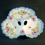 Click here to enlarge image and see more about item 10389: Crown Ducal Floral Clover Shape 3 Section Dish