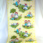 Click to view larger image of Raggedy Ann and Andy Vintage 9 Foot Roll Contact Paper Wallcovering (Image1)