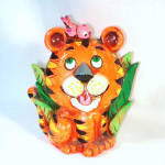 Click here to enlarge image and see more about item 10966: Napcoware Retro 60s Cute Tiger Coin Bank