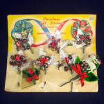 Click to view larger image of 1940s Christmas Package Mercury Beads Corsage Trims on Card (Image1)