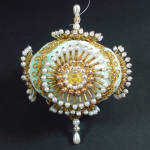 Click here to enlarge image and see more about item 11194-2: Spoked Medallions Faux Peal Beaded Jeweled Christmas Ornament