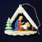 Click here to enlarge image and see more about item 11467-4: 1950s Layered Plastic Nativity Stable Scene Christmas Ornament