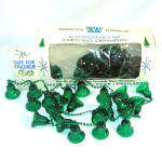 Click here to enlarge image and see more about item 11542-2: Bradford Green Plastic Bells Christmas Tree Garland Boxed