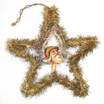Click here to enlarge image and see more about item 11894-3: Scrap Santa in Wired Tinsel Star Antique Christmas Ornament