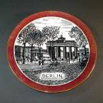 Click here to enlarge image and see more about item 12160: Berlin Brandenburg Gate Scenic Souvenir Wall Plate