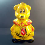 Click here to enlarge image and see more about item 12252: California Originals 1940s Yellow Bear in Necktie Cookie Jar