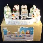 House of Lloyd 1986 Musical Ceramic Christmas Village in Original Box