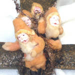 Click to view larger image of 4 Cotton Batting Santas on Mica Airplane 1920s Christmas Ornament (Image3)