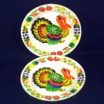 Click here to enlarge image and see more about item 12485: 2 Colorful Mid Century Enamelware Turkey Dinner Plates