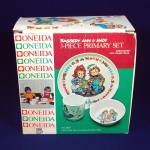 Click here to enlarge image and see more about item 13049: Raggedy Ann Andy Childs Melamine Dinnerware Set Mint in Box