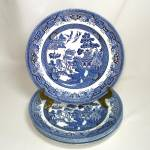 Click here to enlarge image and see more about item 13301: Churchill Blue Willow 8 Inch Salad Plates Set 4 Mint