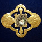 Click to view larger image of Victorian Gold Leaf Medallion Dresden Scrap Christmas Ornament (Image4)