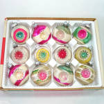 Click here to enlarge image and see more about item 13735: Box 1950s USA Double Indent Glass Christmas Ornaments