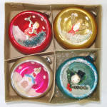 Click here to enlarge image and see more about item 13738: Box 1950s Glass Diorama Indent Scene Christmas Ornaments