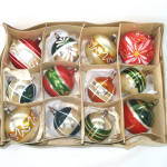 Click here to enlarge image and see more about item 13796: Box German Blown Glass Christmas Ornaments