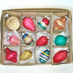 Click here to enlarge image and see more about item 13839: Box Vintage USA Shapes Glass Christmas Ornaments