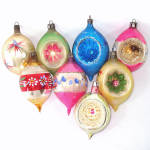 Click to view larger image of Poland Large Teardrops 1950s Glass Christmas Ornaments (Image1)