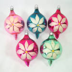 Click here to enlarge image and see more about item 14168: 1930s USA Blown Glass Christmas Ornaments Painted Flowers