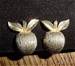 Click here to enlarge image and see more about item 2453: Sarah Coventry Goldtone Apple Clip Earrings Plus Bonus Pin