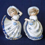 Pair Blue White Porcelain Petticoat Girls Figurines