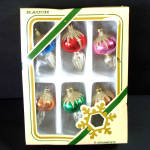 Click here to enlarge image and see more about item 9542-5: Box Miniature Glass Final Drop Christmas Ornaments