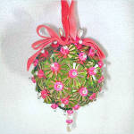 Click here to enlarge image and see more about item 7859-5: Beaded Sequined Christmas Ornament Pink Green