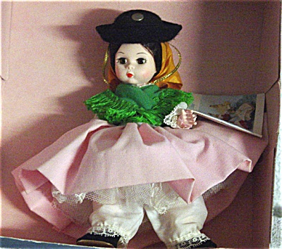 Madame Alexander Portugal International Doll 1980s (Image1)