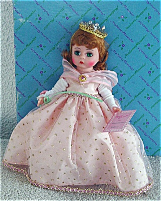 Madame Alexander Wendy Loves Being Prom Queen Doll 1994 (Image1)