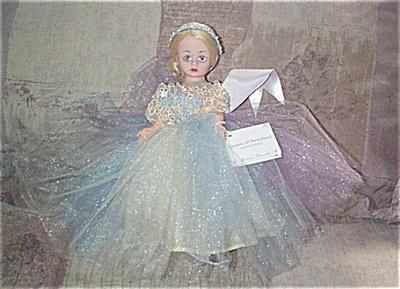 Madame Alexander Queen of Storyland Cissette Doll 2000 (Image1)