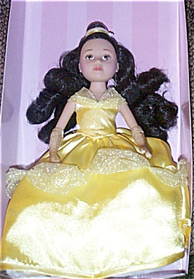 Madame Alexander Disney Princess Belle Doll 2003 (Image1)