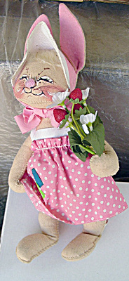 Vintage Annalee Bunny with Flowers 1980s (Image1)